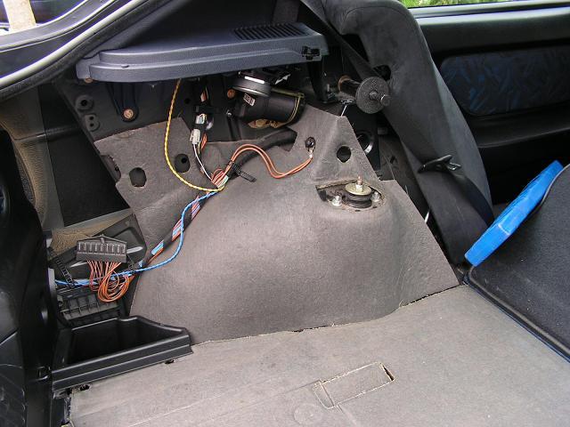 Fußboden Im Auto Nass ~ Wasser im kofferraum woher und warum er bmw e forum